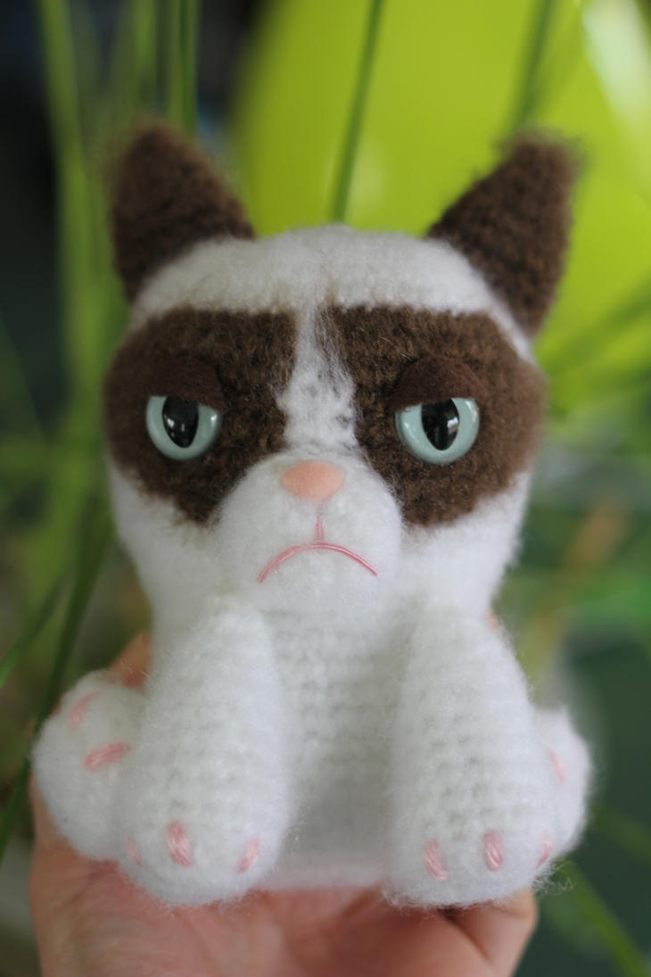 Grumpy Cat Amigurumi Pattern Free : Tardar Sauce the Grumpy Cat Amigurumi Doll by Npantz22 on ...