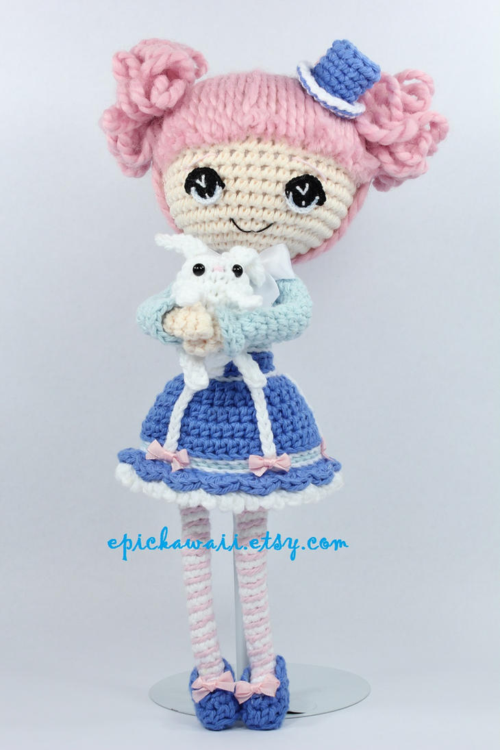 Alice in Wonderland and White Rabbit Crochet Dolls by Npantz22