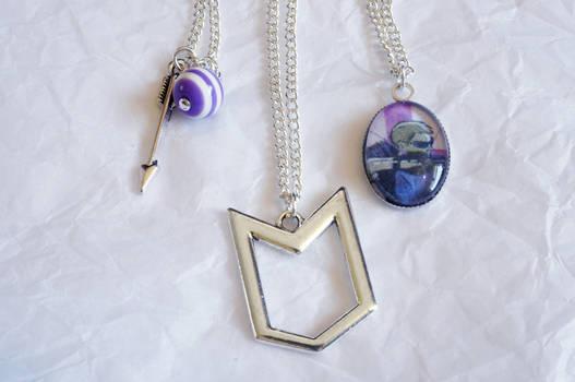 Hawkeye Inspired Necklace Set
