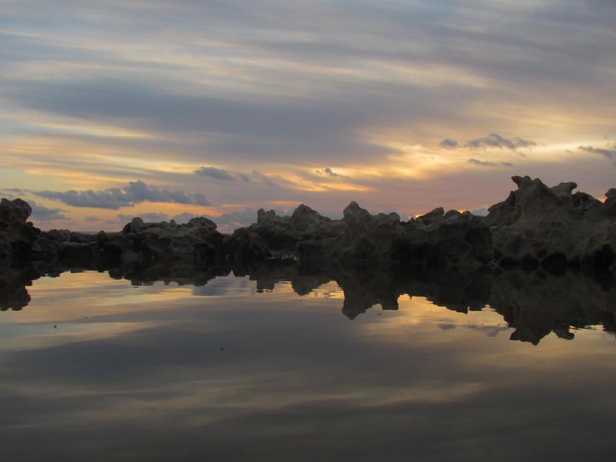 Mirror Sunset III by misterchokola