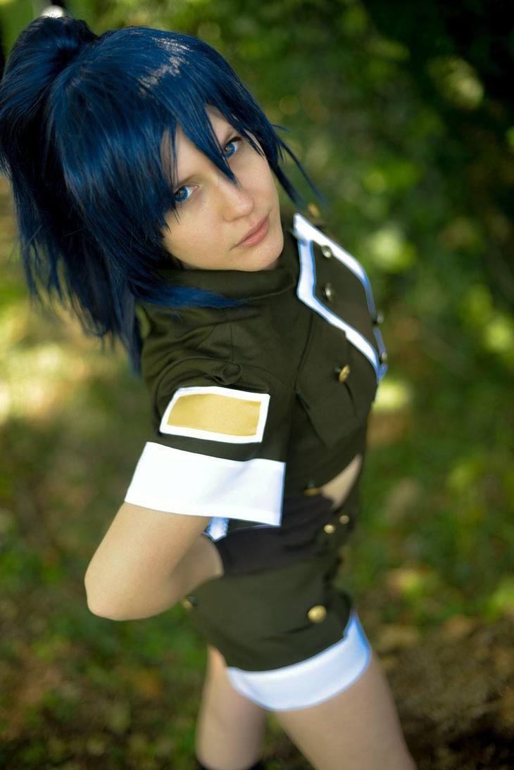 Leona ready to fight! by SajikaCosplay