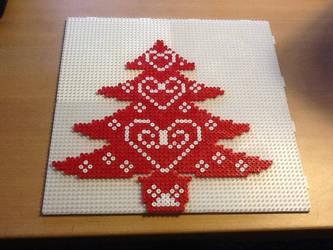 Christmas tree by Ilhja