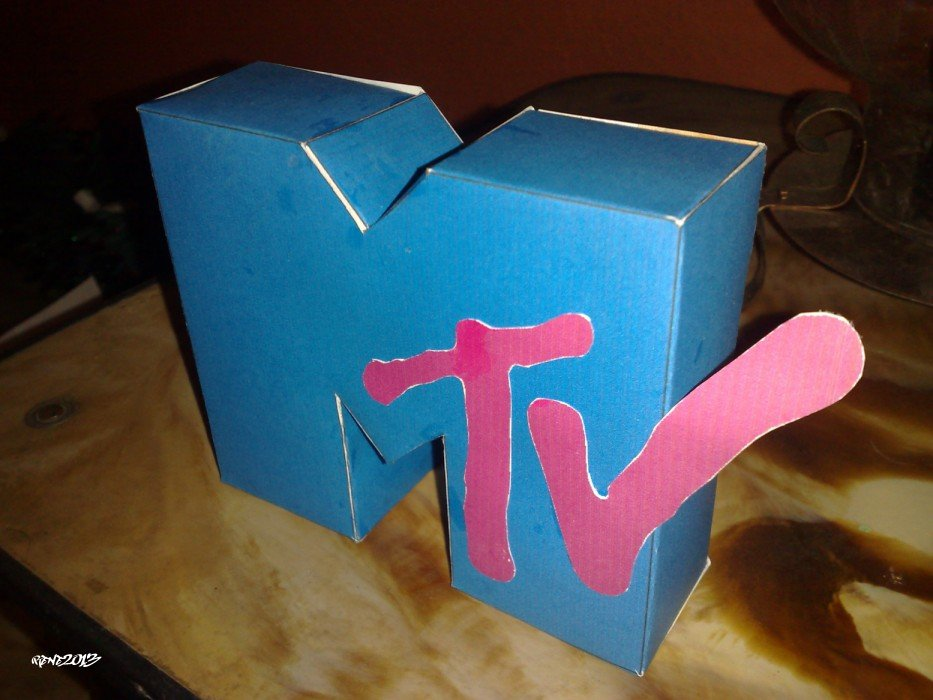 MTV - Papercraft Logo 2 by elclon