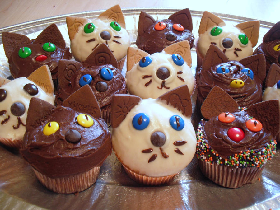 Kitten Cakes by DeliciousMadness on DeviantArt