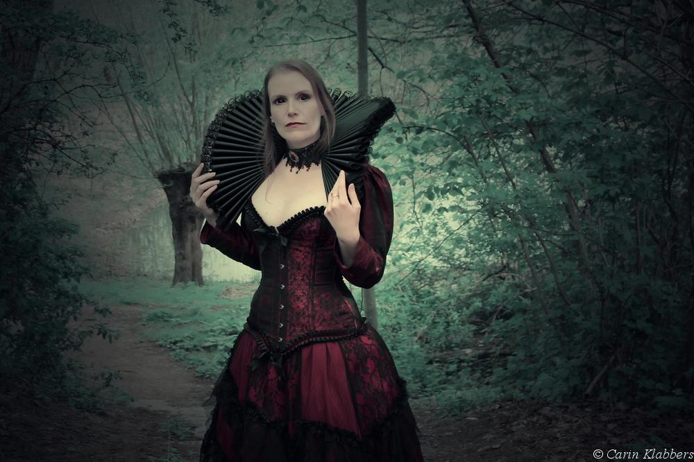 Mystic forest - dark side: Elizabeth Bathory 15 by PicsmadebyCarin