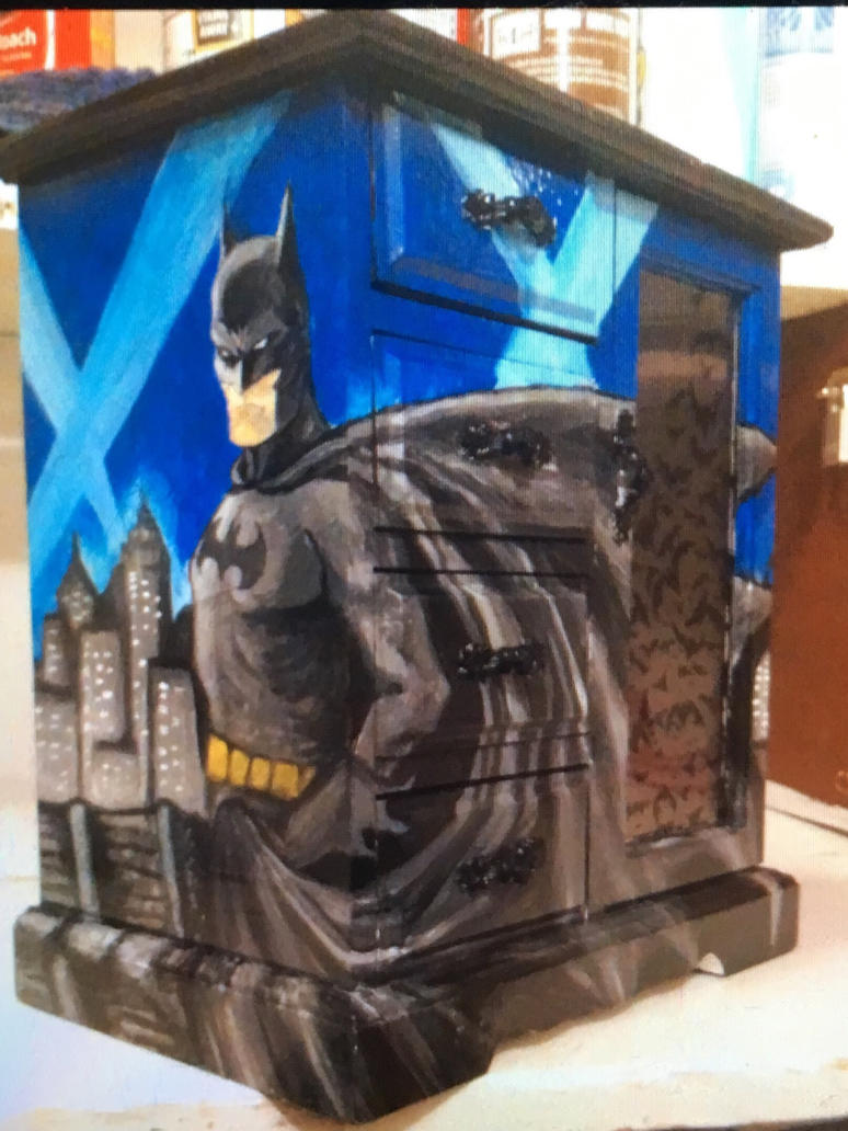 Batman jewelry box finished by SHcleary on DeviantArt
