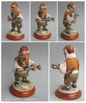 Hoggle sculpture clay labyrinth