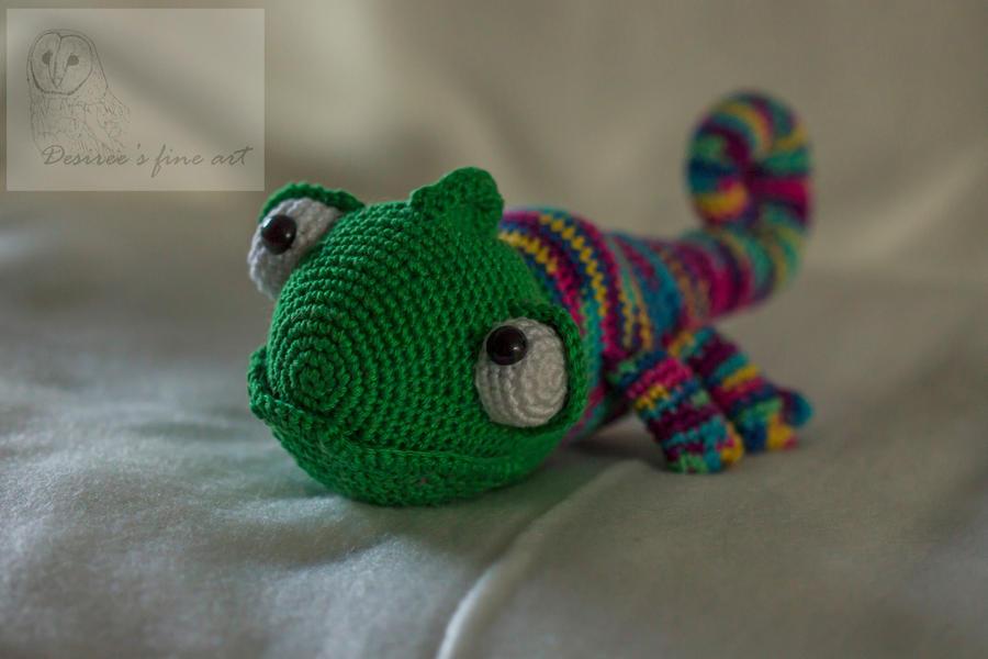 Karen The Chameleon Crochet By Desireegaalfineart On Deviantart