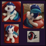 Vinyl Scratch Plushie Photo 2
