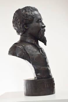 EMBannister bronze 2