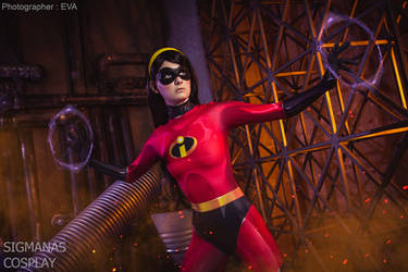 Violet Parr Incredibles cosplay by SigmaNas