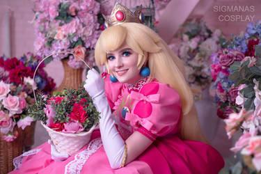 Princess Peach cosplay by SigmaNas