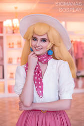 Princess Peach from New Donk cosplay Mario Odyssey
