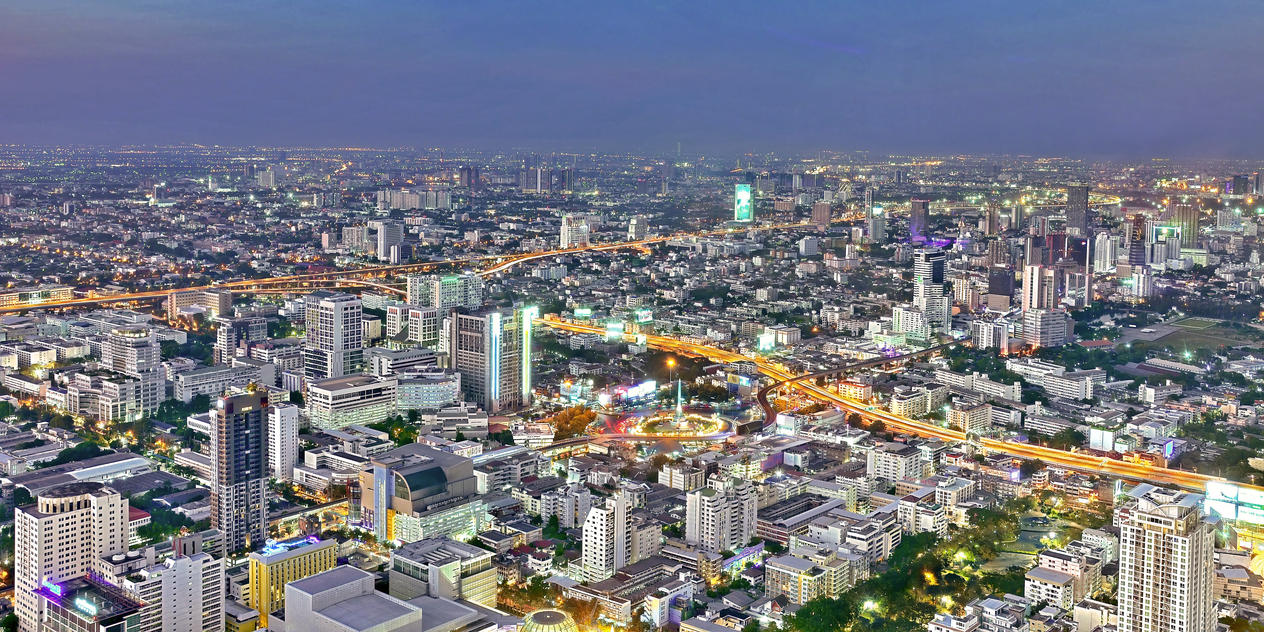 Bangkok at night, view from Baiyoke tower by Aishlling