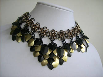 Classy Scalemail Necklace