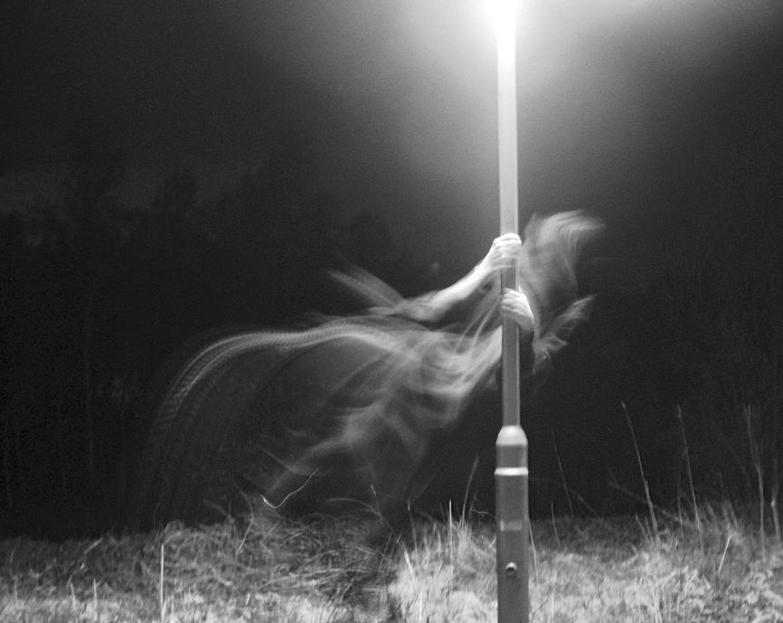 http://fc02.deviantart.com/images2/i/2004/02/2/c/Ghost.jpg