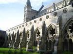 SalisburyCathedral courtyard