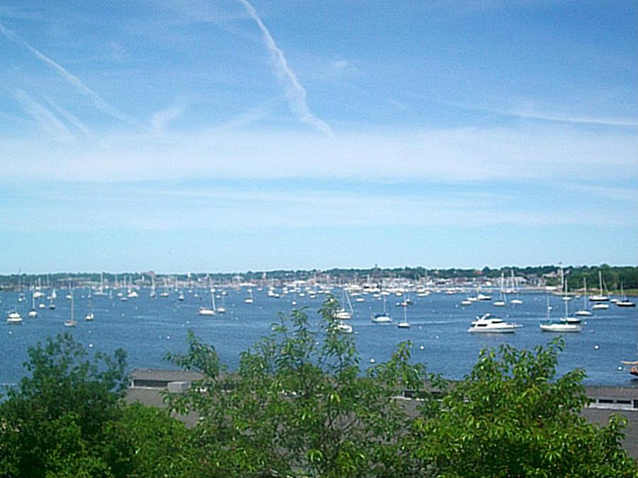 Fort Adams Sails by anelphia