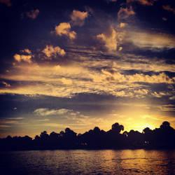 Ocean Sunrise by shelbyrenee