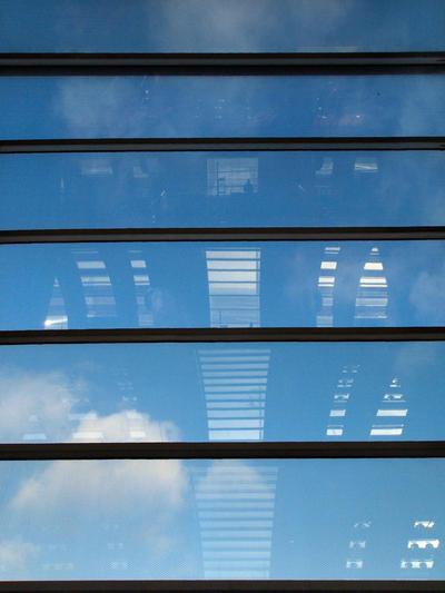 Aeroport CDG - windowsky by bulgphoto