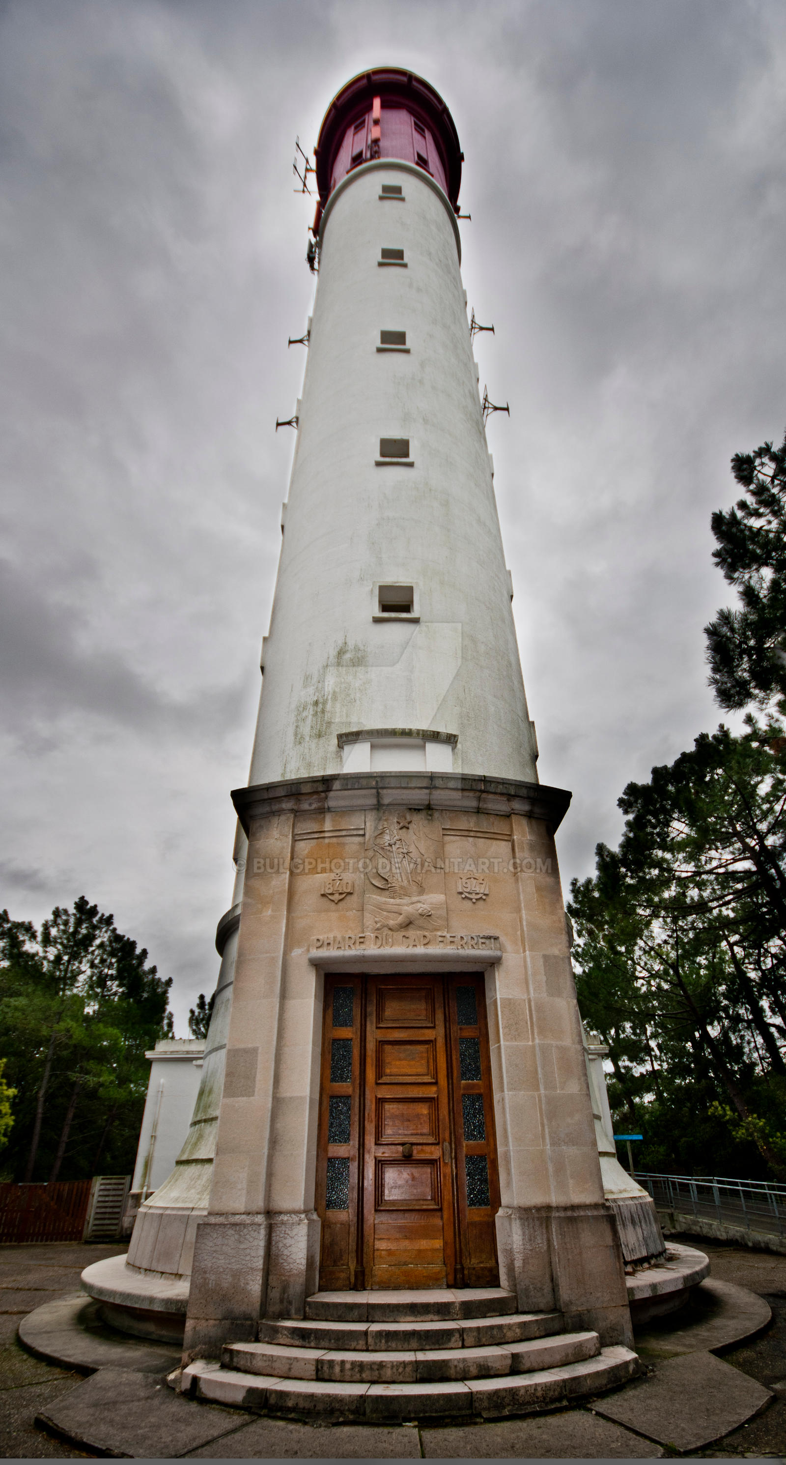Lighthouse 1 by bulgphoto