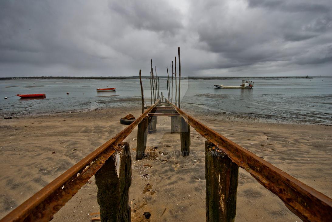 Low Tide by bulgphoto