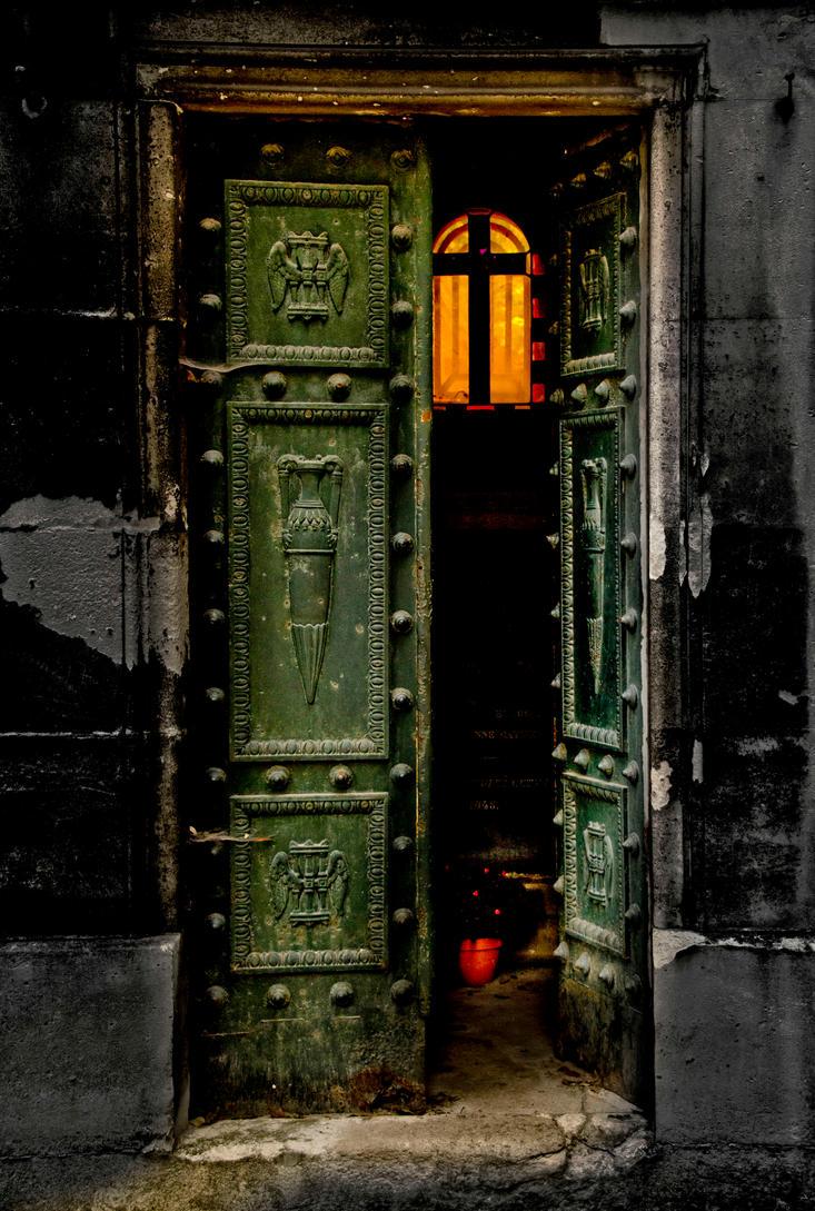 The Last Door by bulgphoto