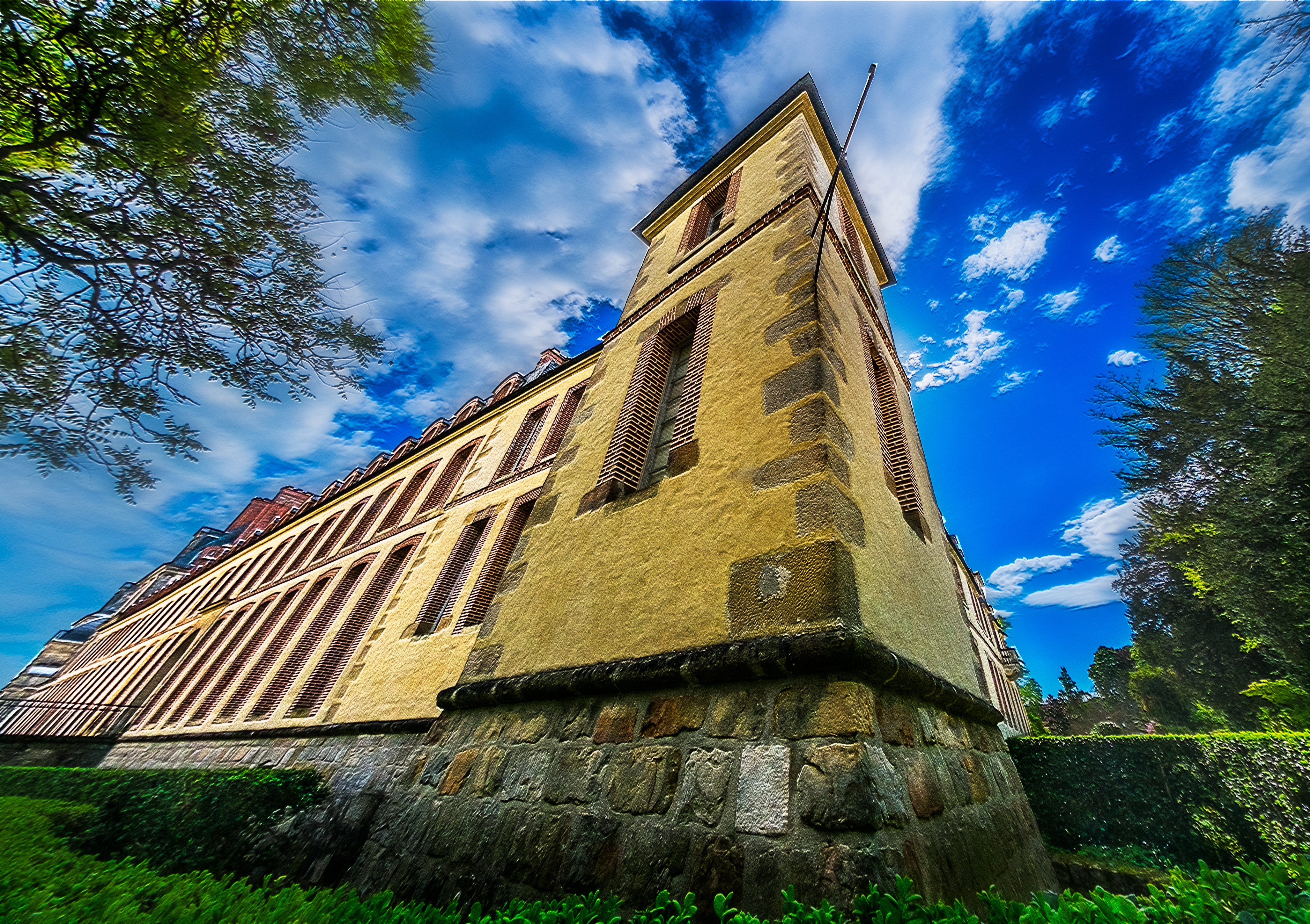 Yellow Castle by bulgphoto
