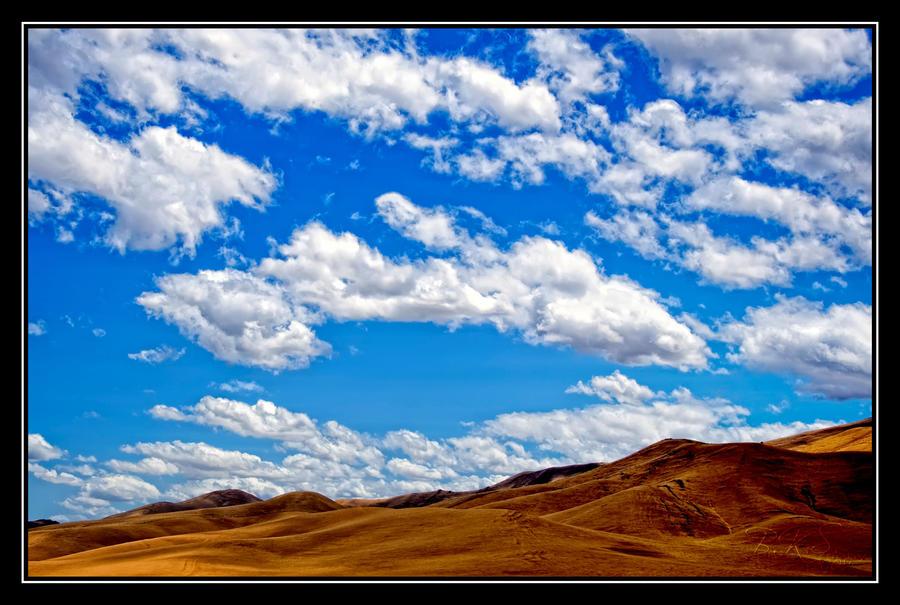 Golden Range by o0oLUXo0o