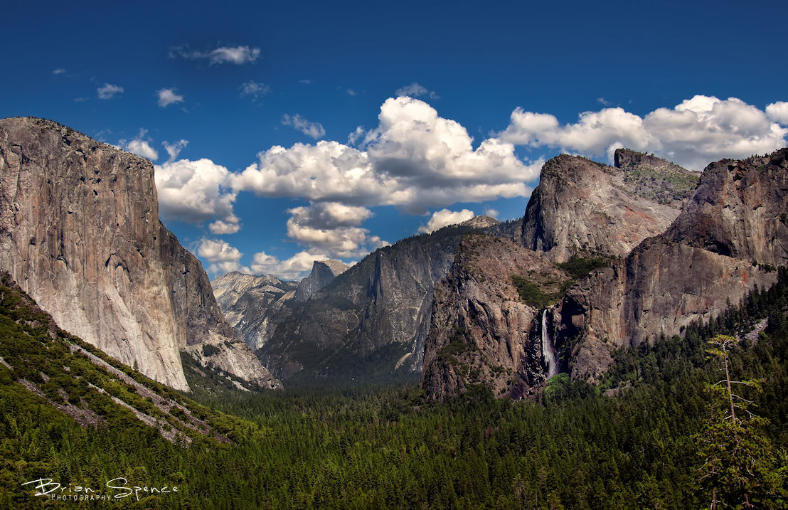 Yosemite Valley Tunnel View by o0oLUXo0o
