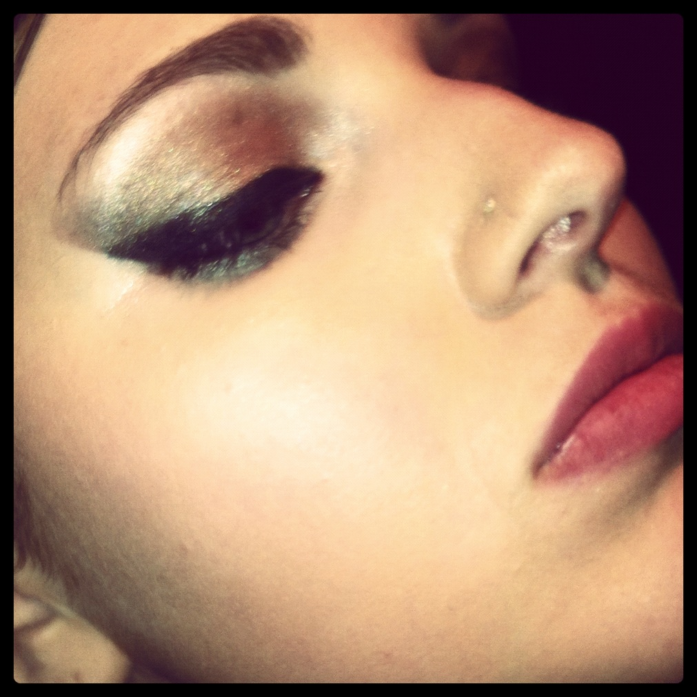 Makeup - Bronze Eyes, Natural Lips by xxxKats-chancexxx