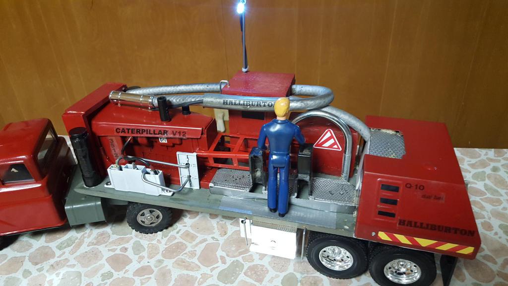 Tonka Halliburton Hydraulic Pump Truck By Moody Garage