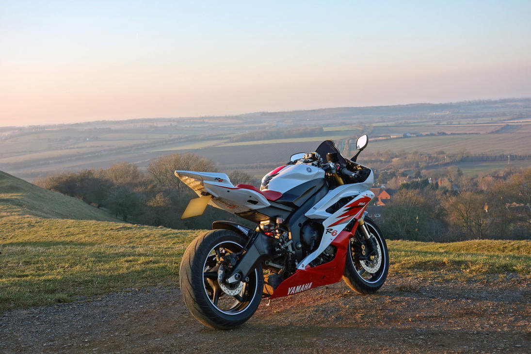 Yamaha R6 Red And White Yamaha r6 2006 2co red andYamaha R6 White And Red