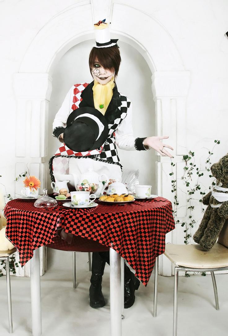 Tea Party of Mad Hatter by Kan-Ryukai