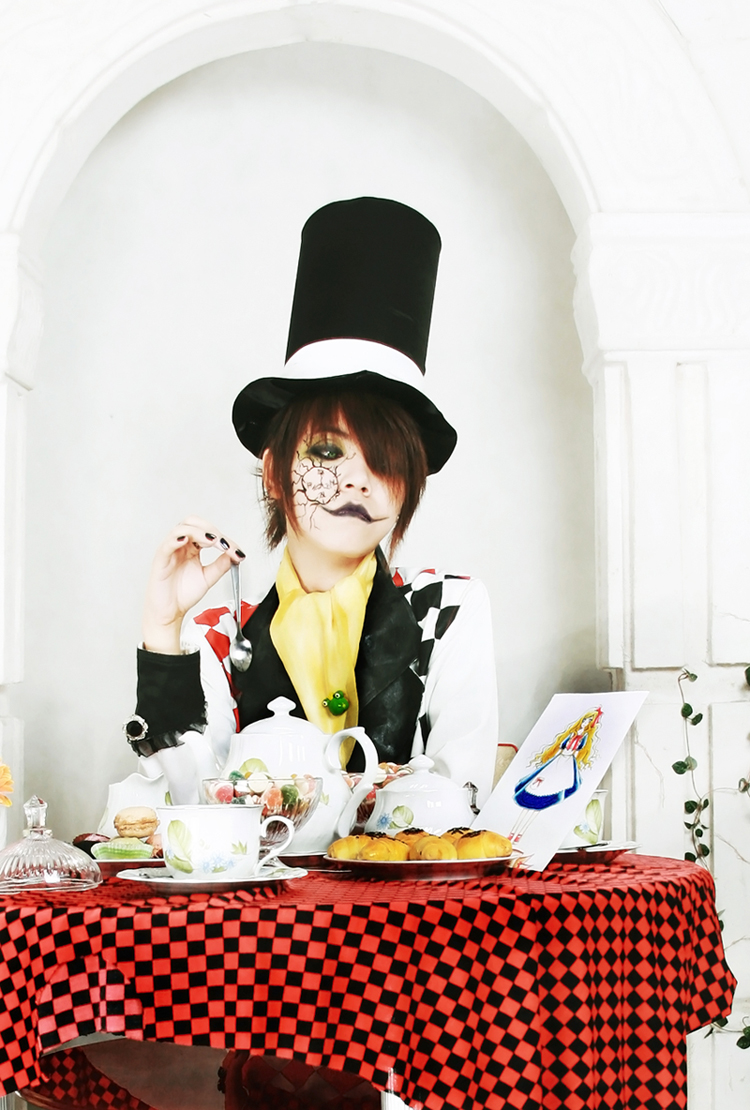 Tea Party of Mad Hatter III by Kan-Ryukai