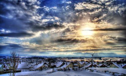 Rising Winter Sun by fagerheim