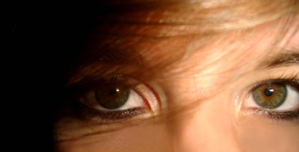 Porcelain Eyes by YumYum-nyah