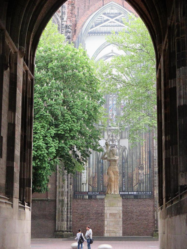 Arch dom tower Utrecht by marob0501