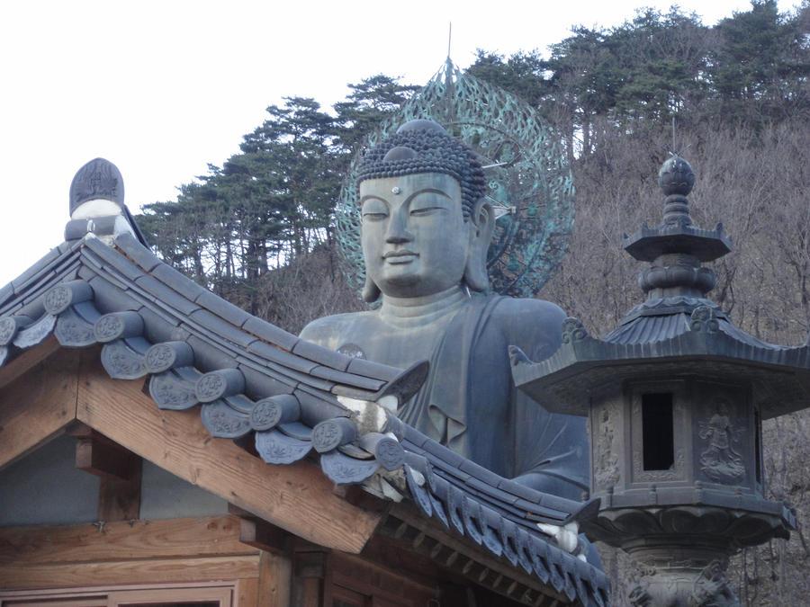 Buddhaist Surrounding by emogurl-gl