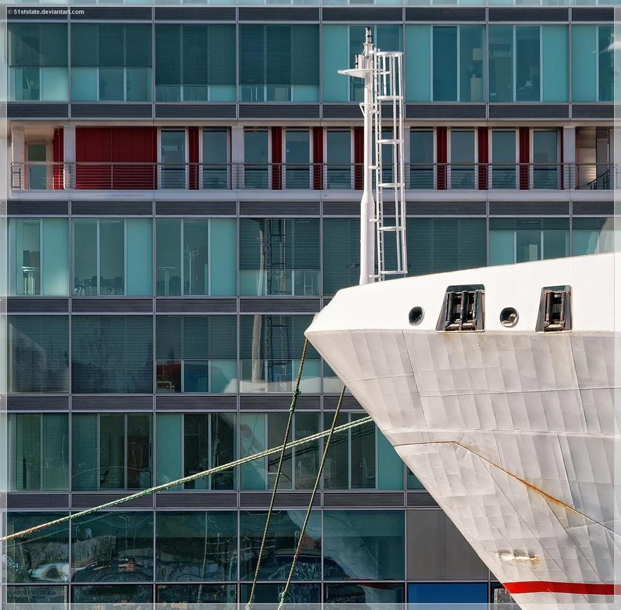 Seehafenamt Kiel mit Bug by 51ststate