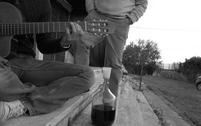 wine and guitar by lorygol