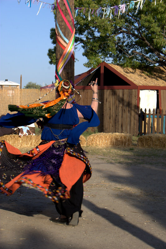 donmek by NiaWaters