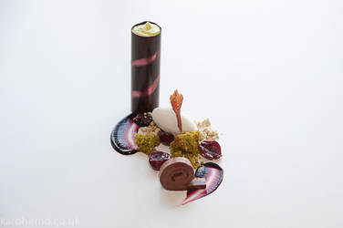 Chocolate, pistachio and cherries by karohemd