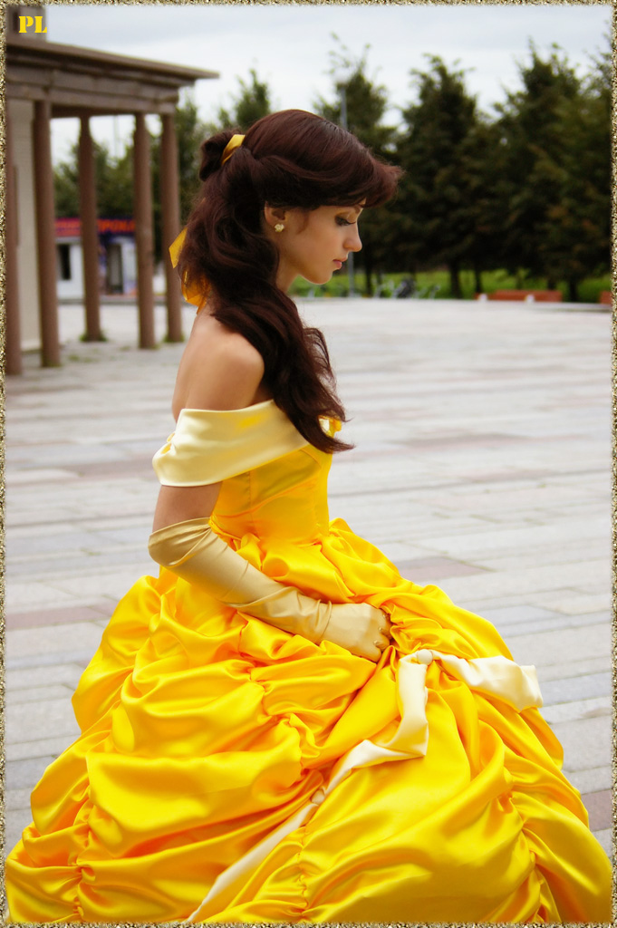 the Beauty cosplay belle and girl