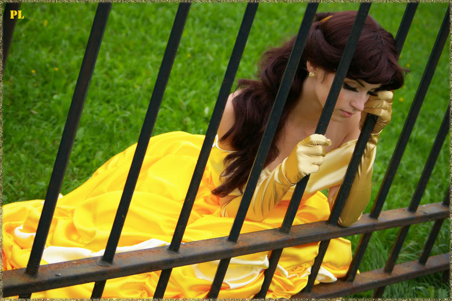 Belle cosplay - Custody by RikardaJ
