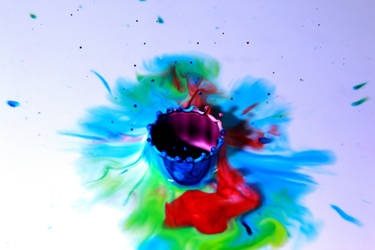 Strong Color Drops by gavinholt