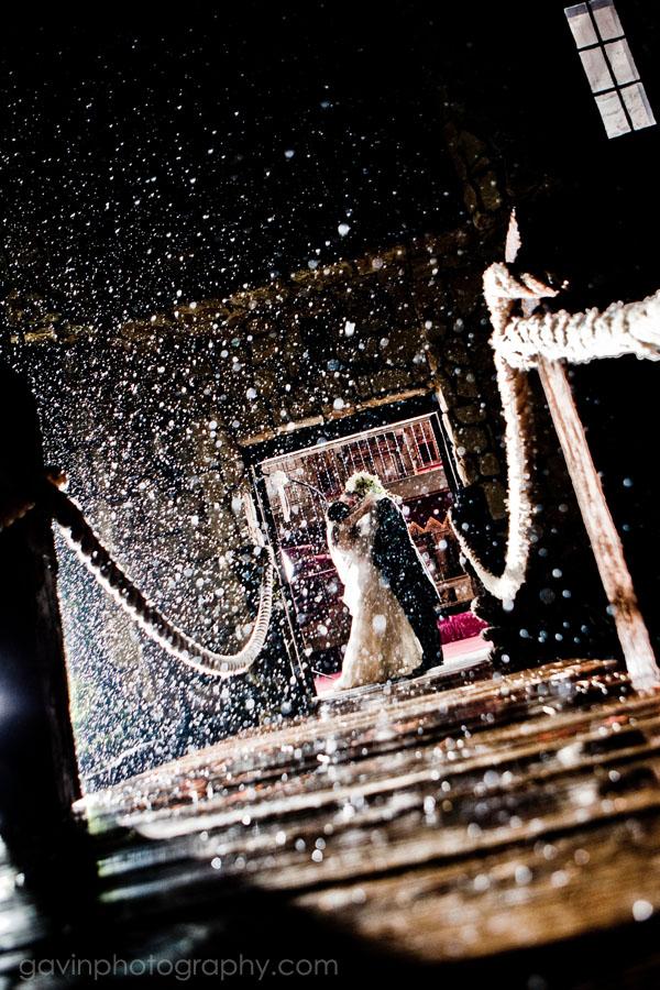 Shooting in the Rain by gavinholt