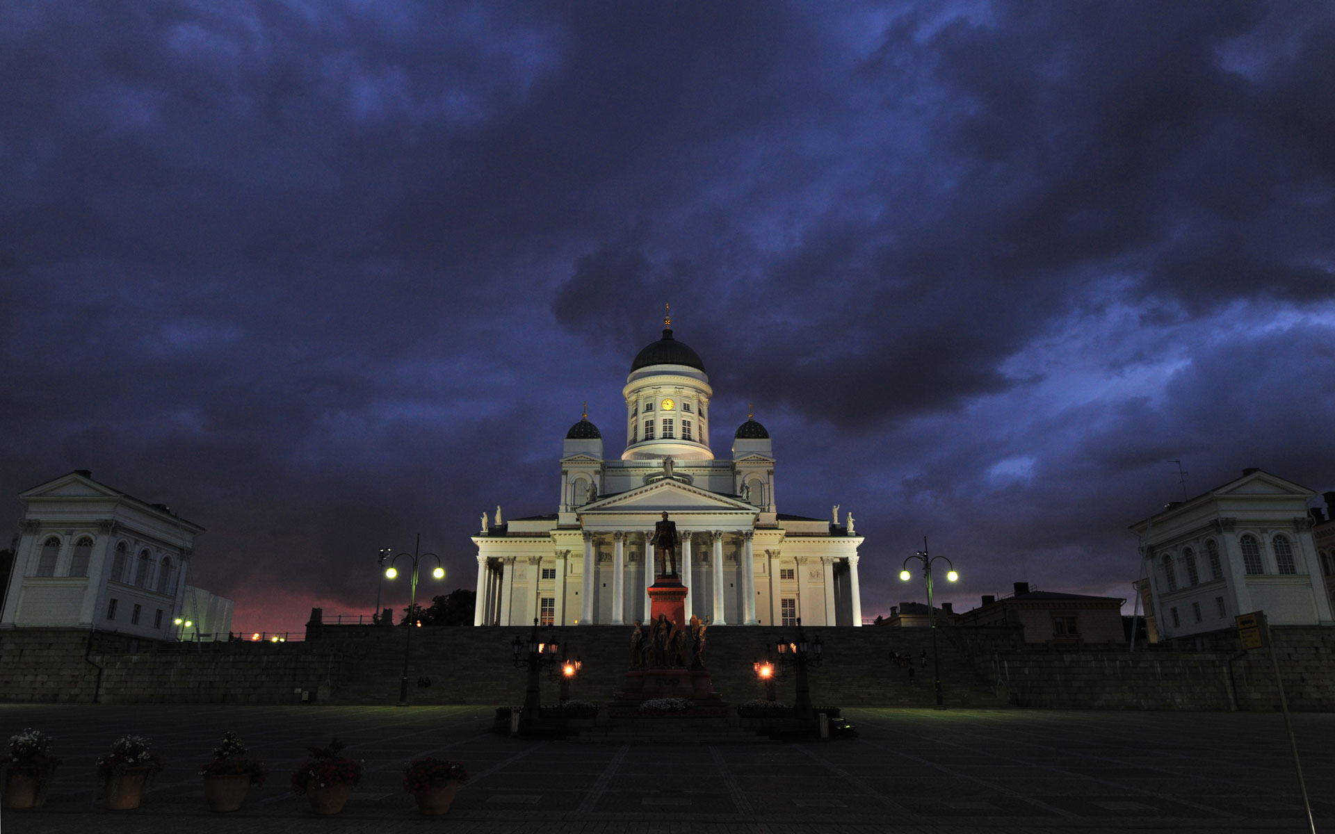 Helsinki Cathedral, wide by barsknos