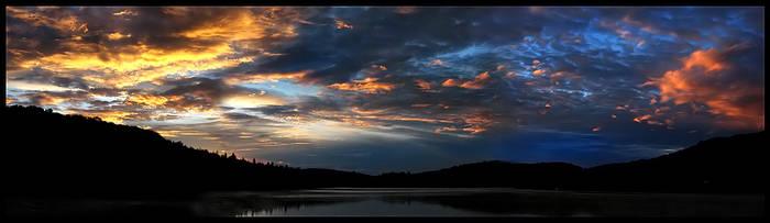 Marveling Sky by dilekt