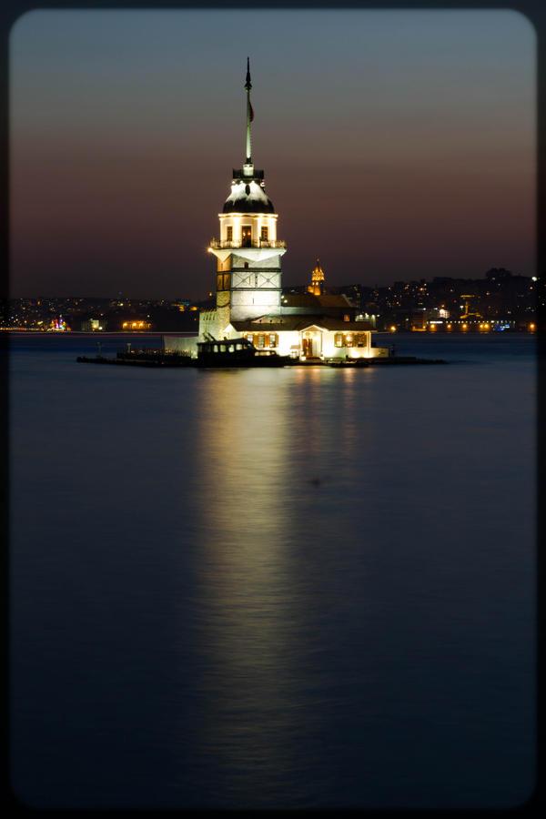 KIz Kulesi by GonulBIKIM